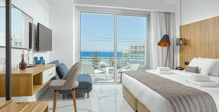 The Blue Ivy Hotel & Suites