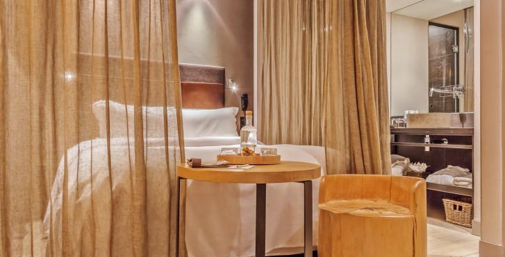 Image 26089515 - Hidden Hotel by Elegancia