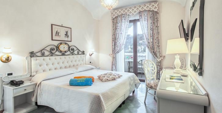 Doppelzimmer - Hotel Terme Tritone