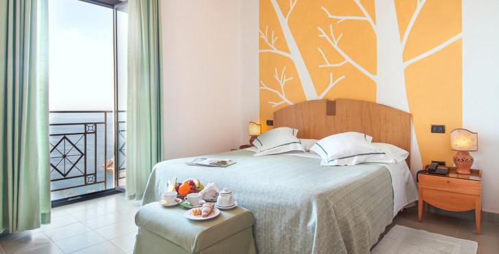 Doppelzimmer - Grand Hotel Mediterraneo