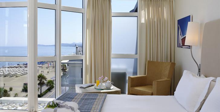 Suite Deluxe - Kriti Beach Hotel