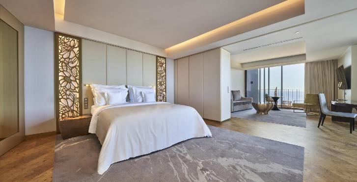 Suite - Savoy Palace