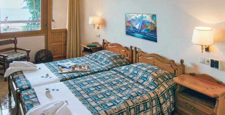 Doppelzimmer - Esperides Hotel
