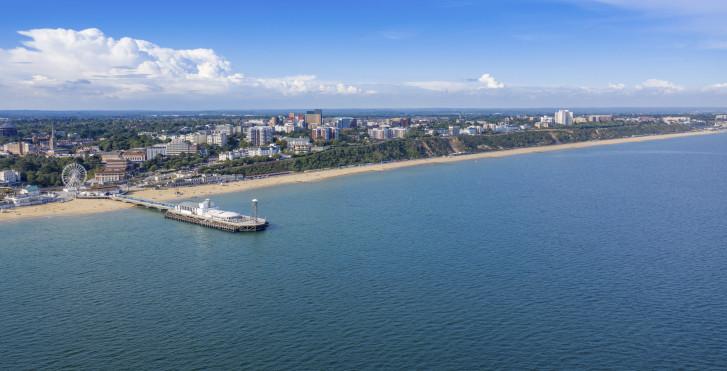 Jetée et plage à Bournemouth