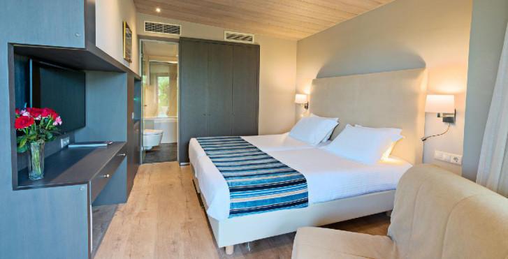 Doppelzimmer - Kyma Suites Beach Hotel