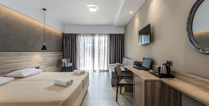 Dreibettzimmer - Oneiro Hotel