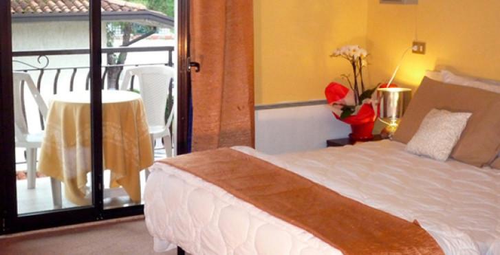Image 27325474 - Hôtel International