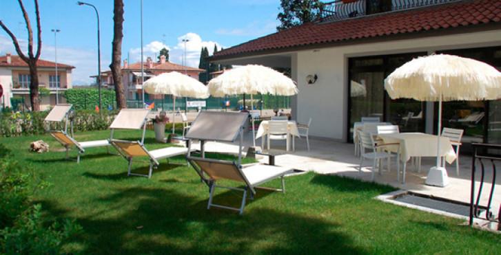Image 27325475 - Hôtel International