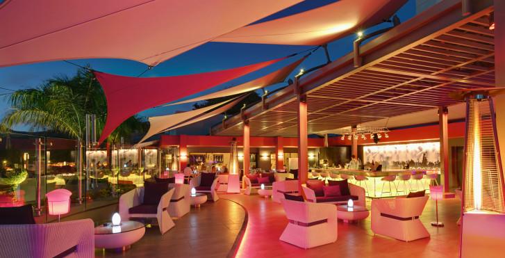 Bild 28981075 - Hennessy Park Hotel
