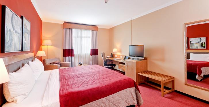 Bild 28981428 - Hennessy Park Hotel