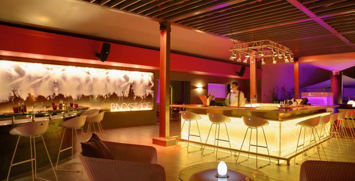 Bild 28981192 - Hennessy Park Hotel