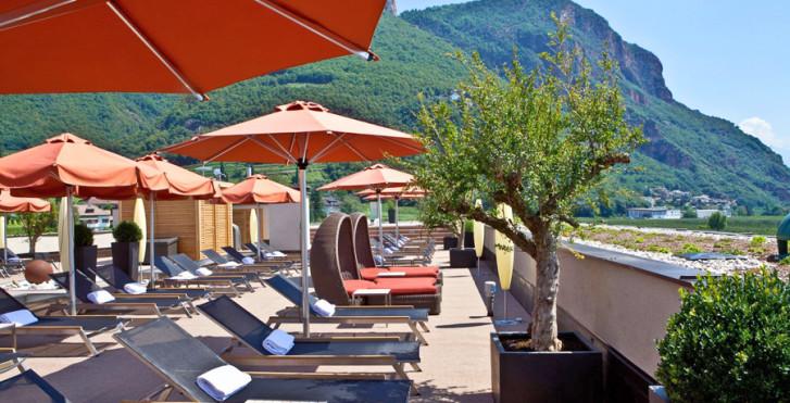Napura art design hotel meran umgebung migros ferien for Designhotel meran umgebung