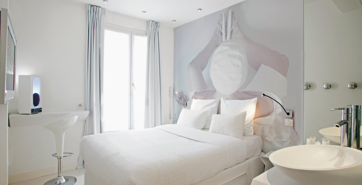 Blc design hotel paris migros ferien for Design hotel bastille