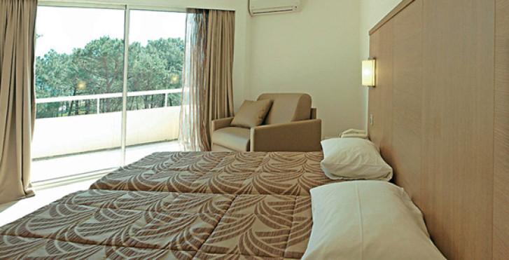 Bild 27464529 - Calvi Hotel