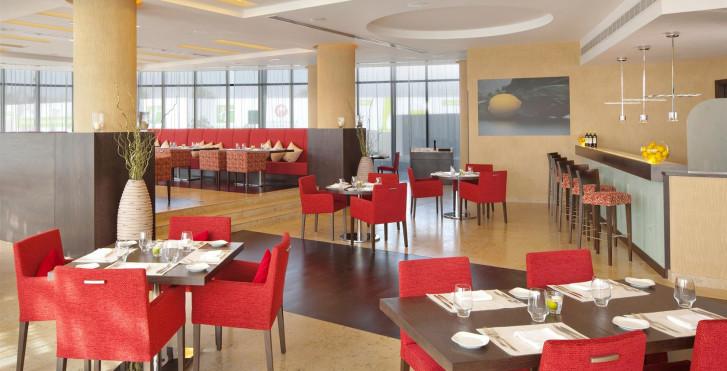Image 28945978 - Holiday Inn Abu Dhabi