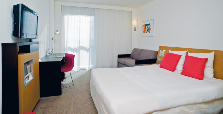 Novotel barcelona city barcelone vacances migros for Chambre barcelona