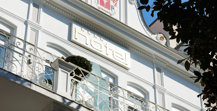 Hotel imperialart meran umgebung migros ferien for Art design boutique hotel imperialart