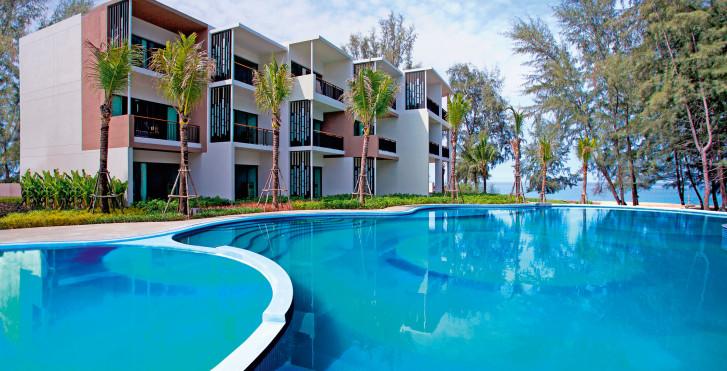 Image 7949063 - Holiday Inn Resort Mai Khao Beach