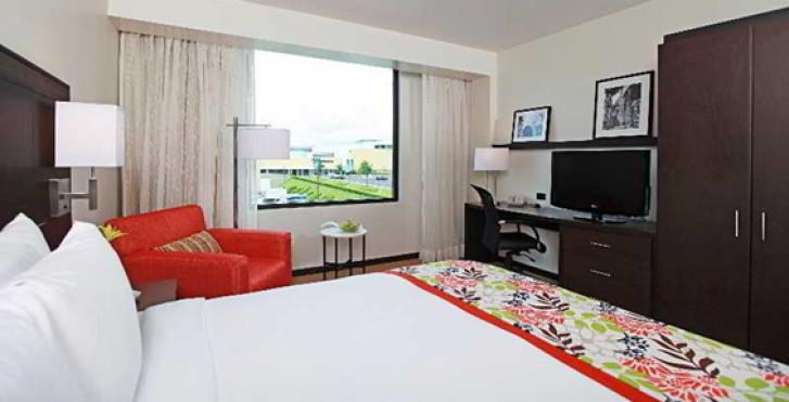 Image 17507820 - Courtyard Panama at Metromall Mall