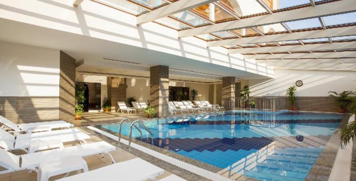Image 24693388 - Hotel Orange Palace Side