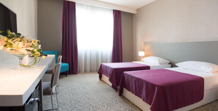 Bild 25234921 - 88 Rooms Hotel