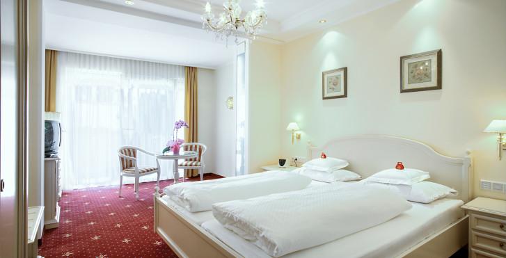 Bild 23014998 - Hotel Fayn - luxury & garden