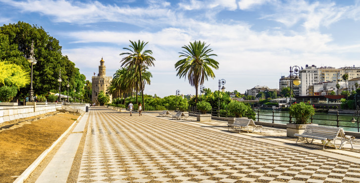 Sevilla - Fly & Drive Andalusien