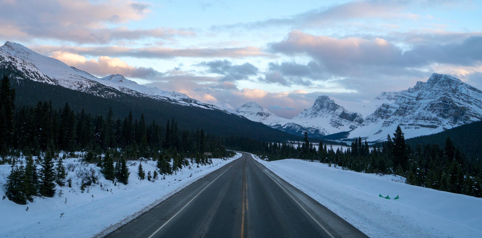 Unterwegs auf dem Icefields Parkway Drive. Foto: Quin Schrock