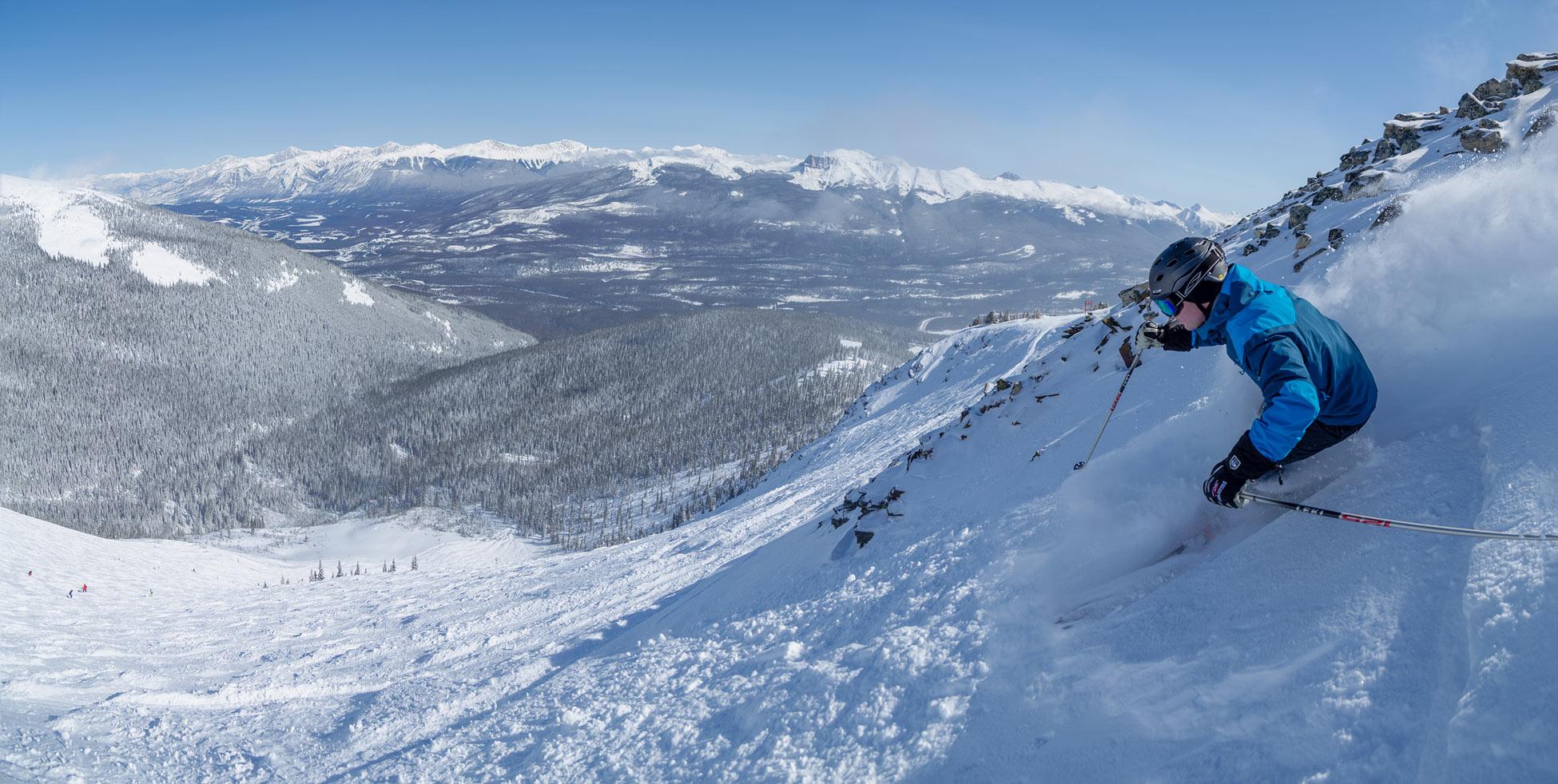 Weite Powder-Bowls in Marmot Basin. Foto: Ryan Bray