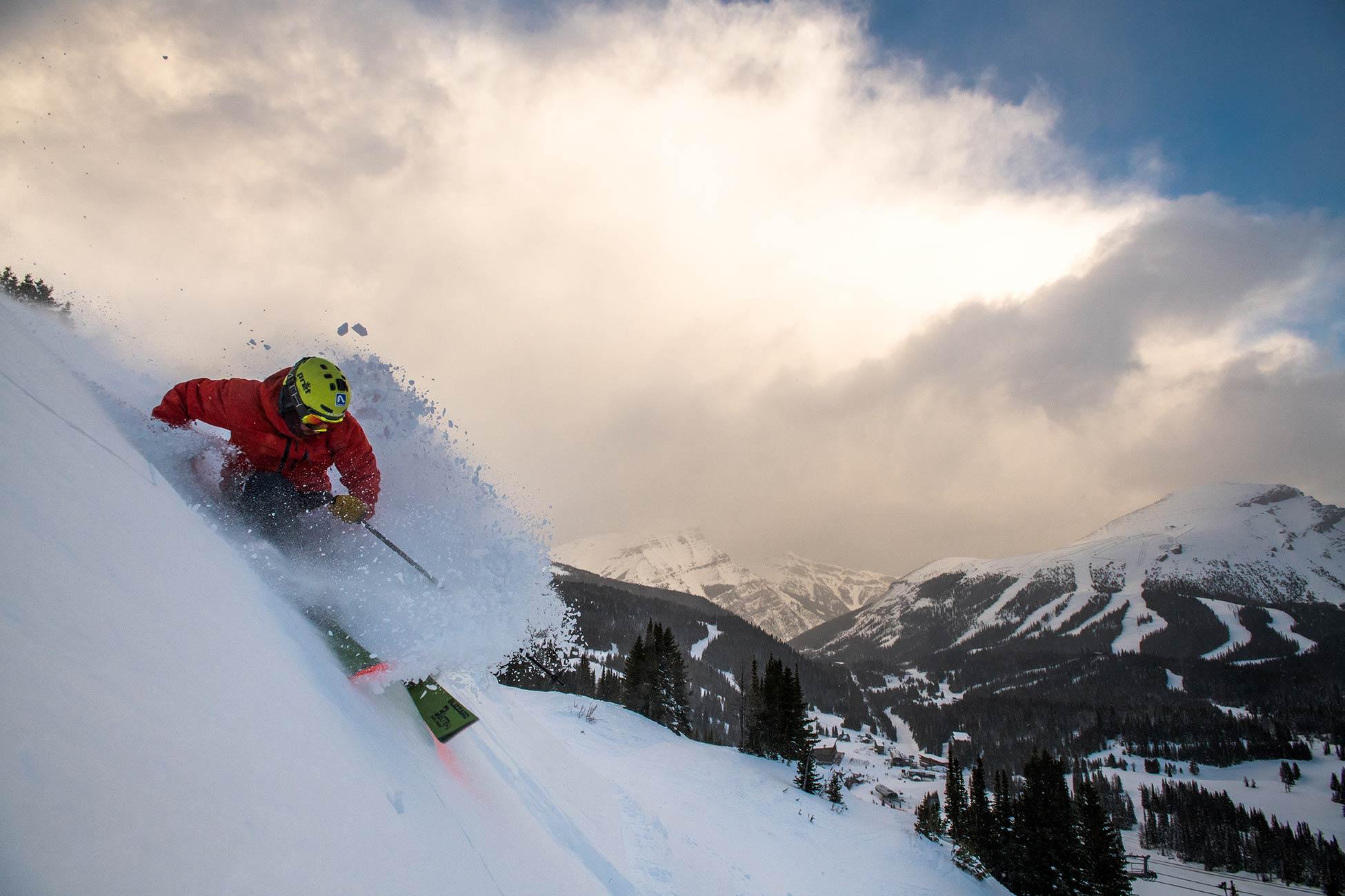 Banff resort. Foto von Reuben Krabbe