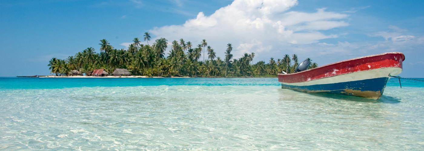 Boot vor der Insel San Blas