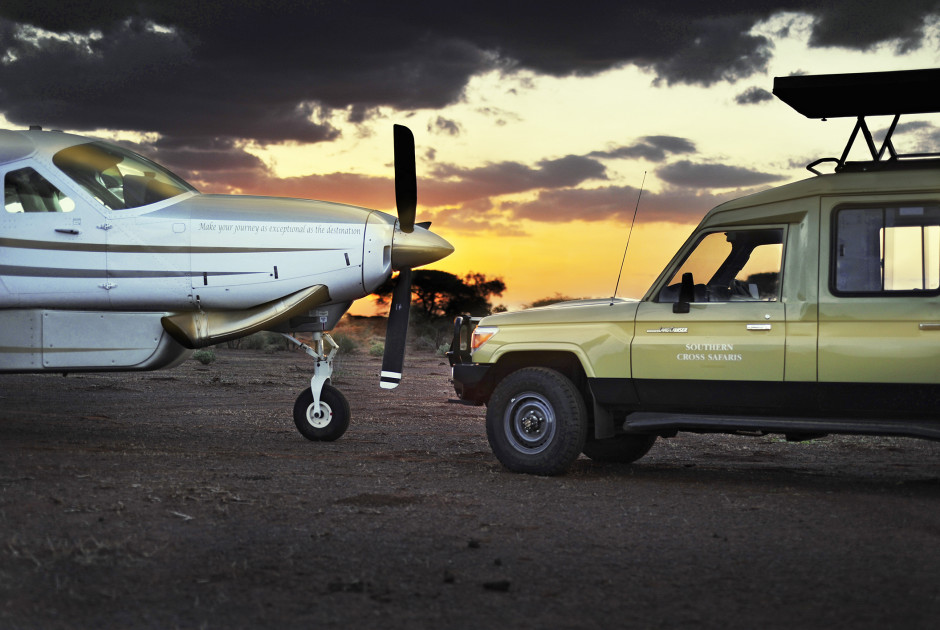 Cessna Grand Caravan und Safari-Fahrzeug