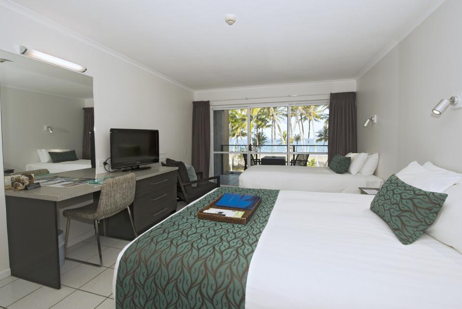 Coral Sea Room