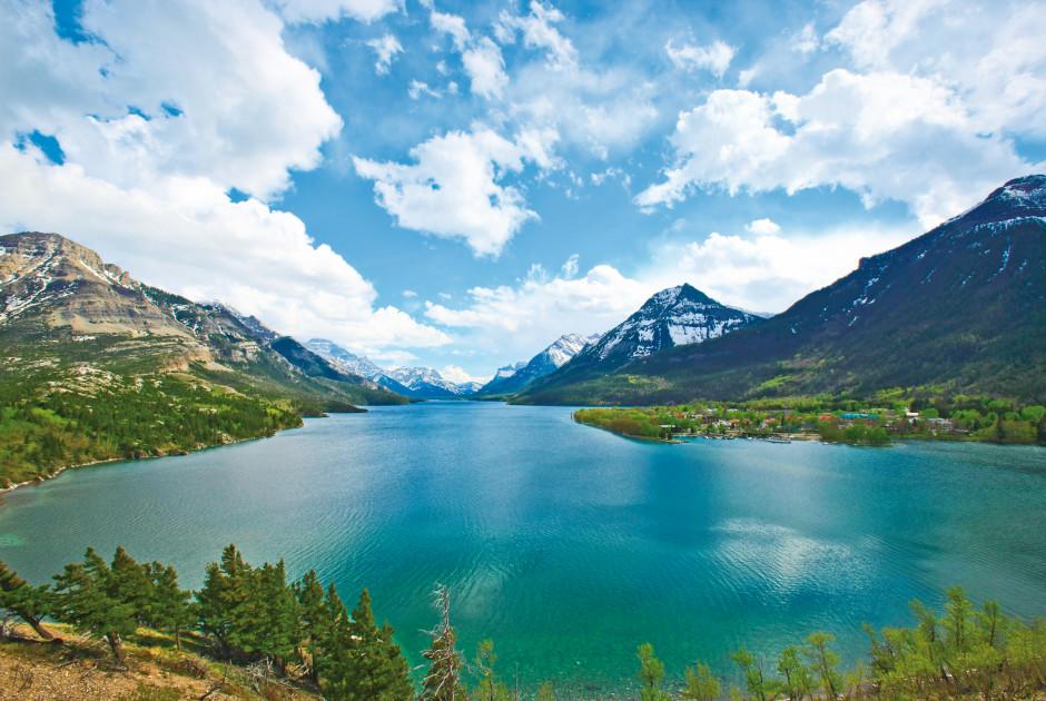 See im Waterton-Lakes-Nationalpark