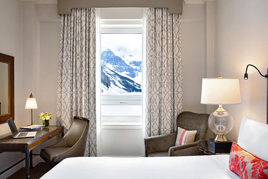 Fairmont Lakeview Room