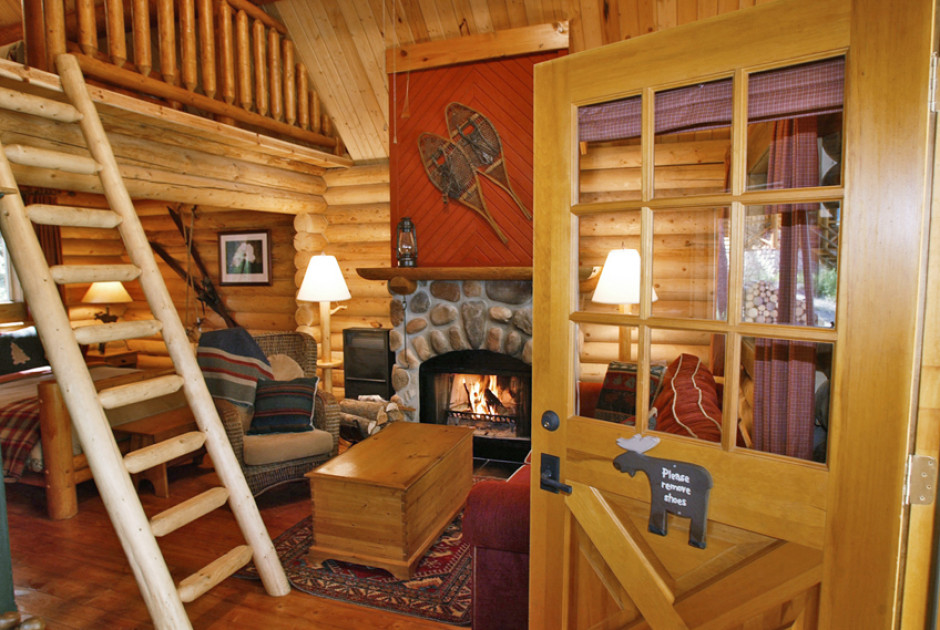 Log Cabin with Loft