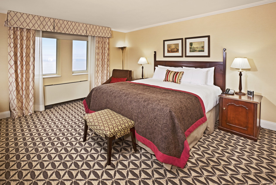 Fairmont Room 1 Queen