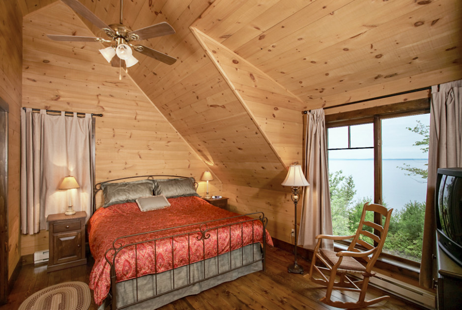 Chalet Bedroom King
