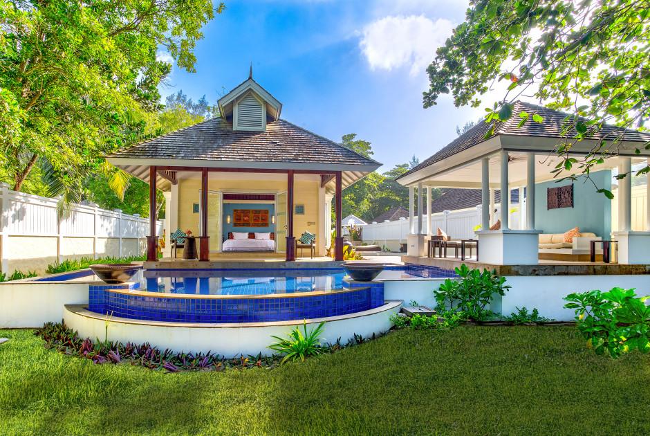 Villa Beachfront Pool