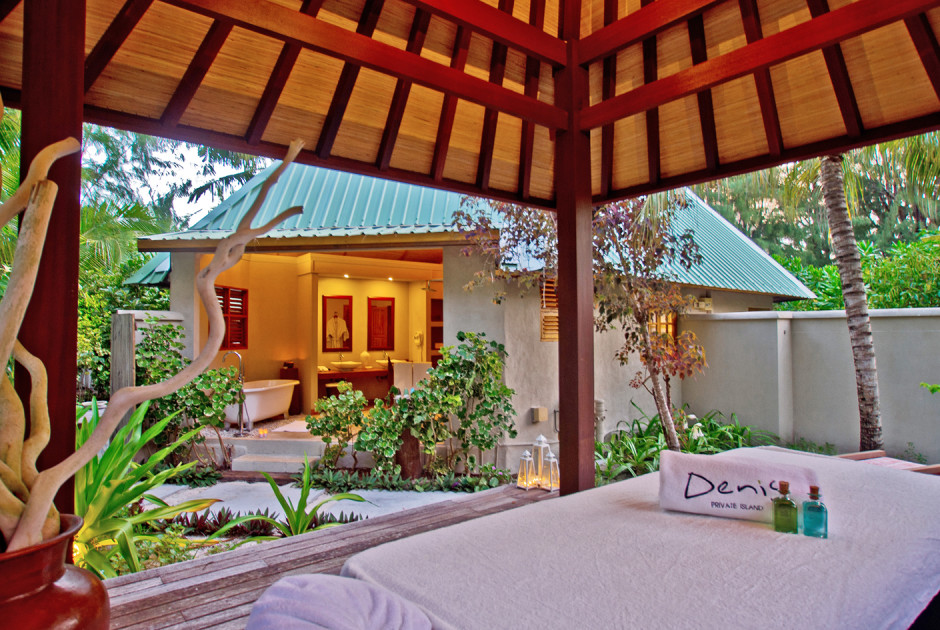Beachfront Spa Cottage
