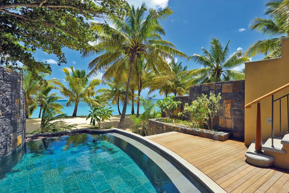 Suite Senior Pool Beach Front
