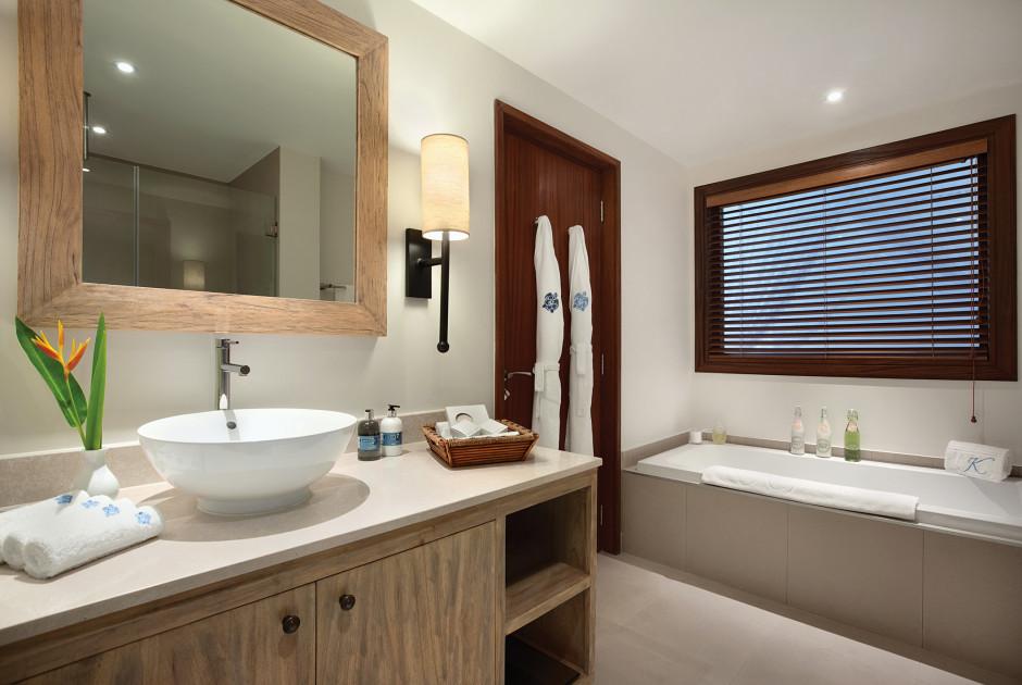 One Bedroom Hillview Suite