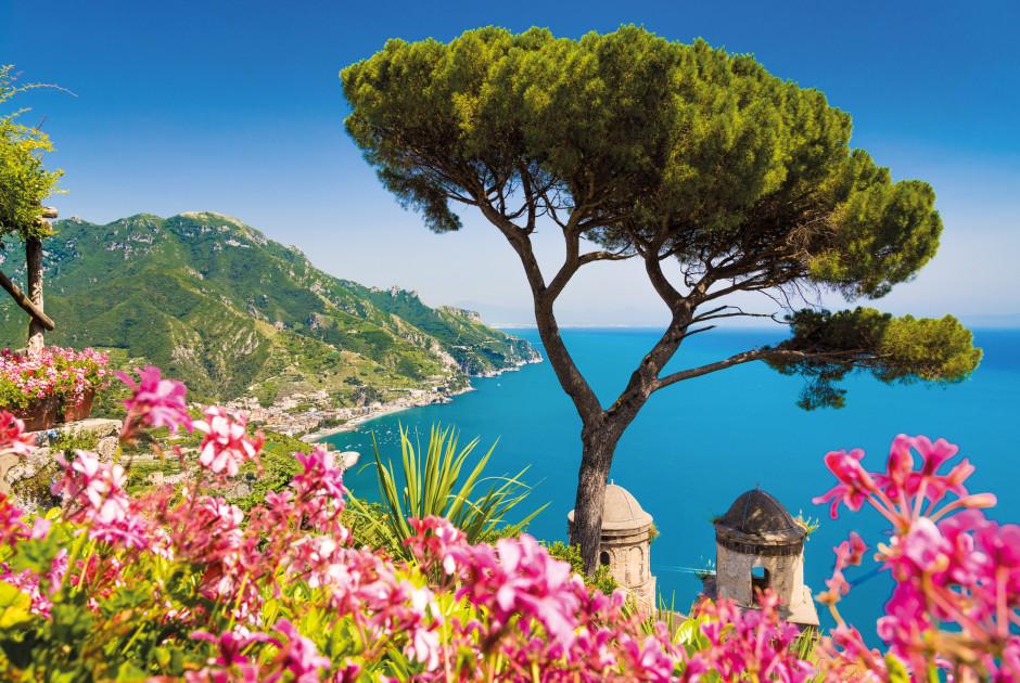Amalfiküste südlich von Neapel