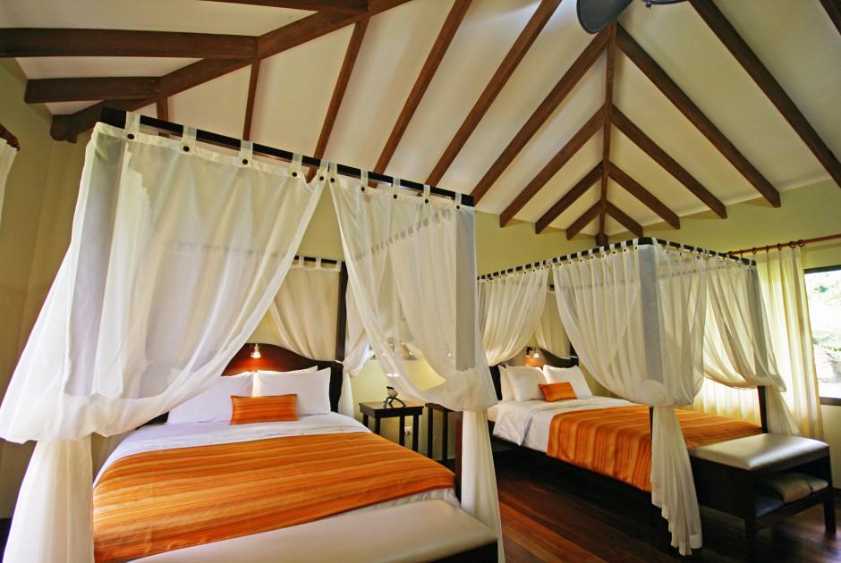 Manatus hotel parc national tortuguero costa rica for Cherche un hotel